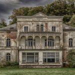 借地に建てた家は地主と借地人どちらが解体しないといけないの?